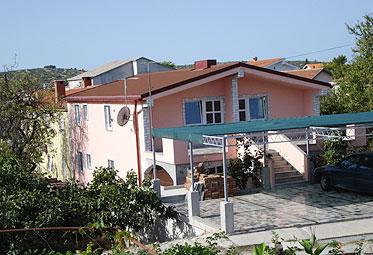 Apartmani Pirovac ŠALAMON STEVO