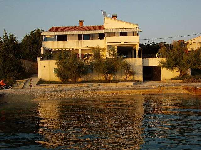 Accommodation near BIBINJE