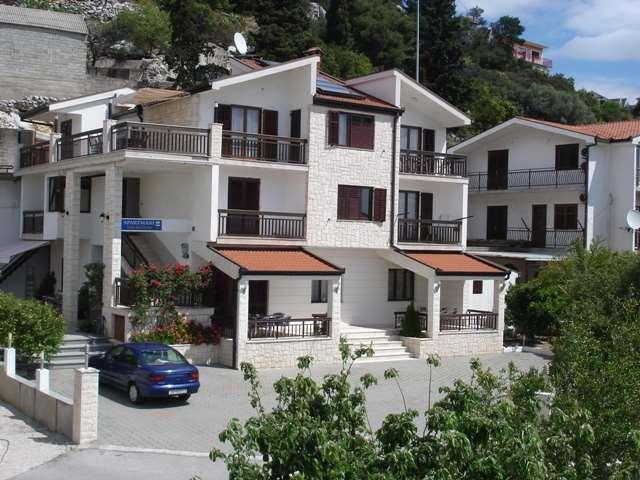 Апартаменты Плоче PETRUŠIĆ TIHOMIR