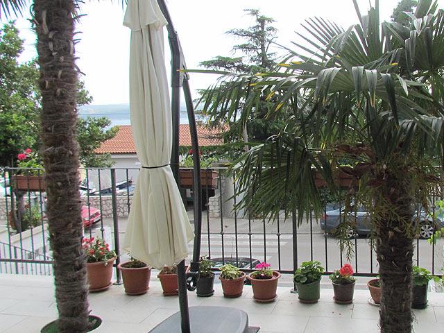 Holiday rentals Crikvenica 2 Palms