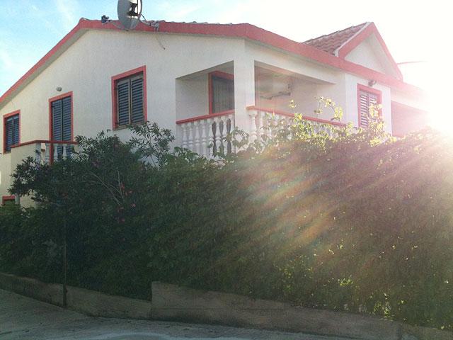Holiday rentals Vir JOVANOVAC IVAN