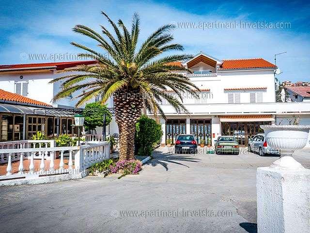 Appartamenti Croazia: alloggi privati a Rab, Palit