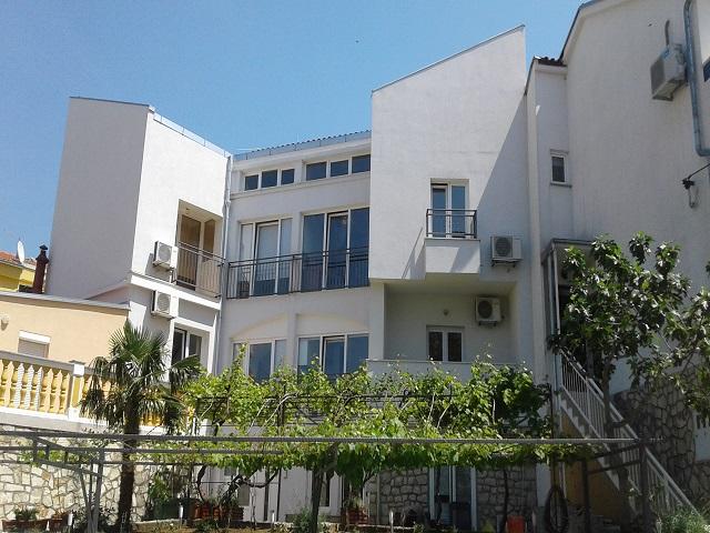Holiday rentals Selce APARTMANI MARIĆ