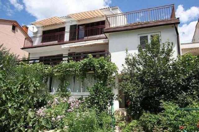 Apartmani Hrvatska: http://www.interijeri.com/apartmani/4527-Picture%201.JPG